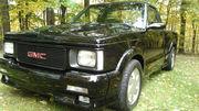 1991 GMC SYCLONEBlack on black